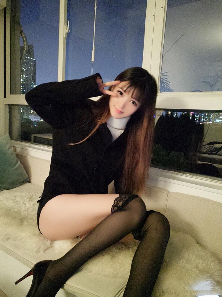 YY美女主播优优酱性感生活照片1