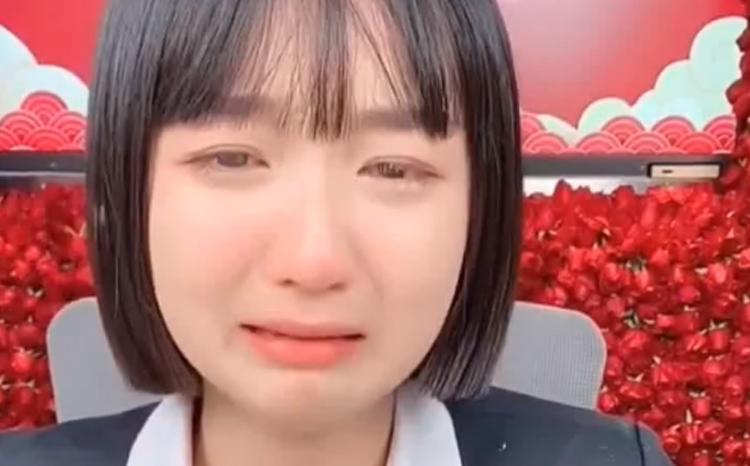 徐婕痛哭自责,初瑞雪连麦安慰!